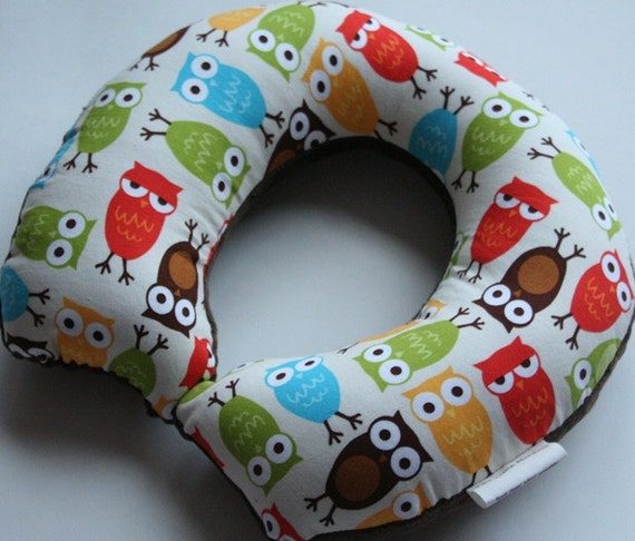 Toddler/Child Travel Neck Pillow - Urban Owls Bermuda (w/ Chocolate Minky)