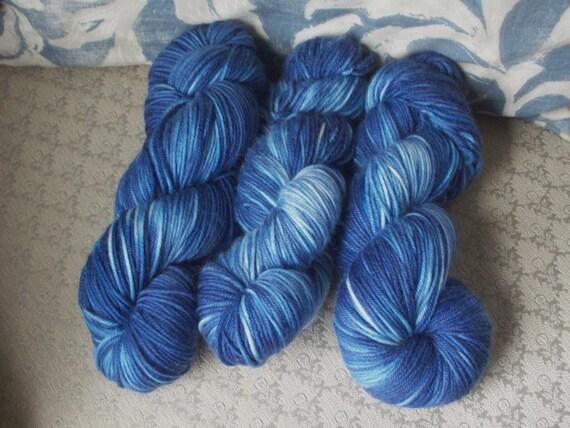 Merino/Cashmere/Nylon DK yarn Superwash--Blue Jeans