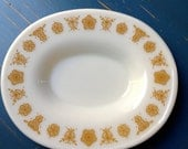 Pyrex gravy boat bottom plate in Butterfly Gold 1