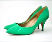 Vintage mint green womens shoes pumps heels spring bandolino 7