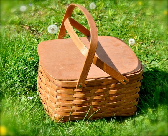 Vintage Picnic Basket - Wicker Wood Spring Summer