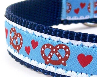 German Pretzel Dog Collar / Blue / Adjustable