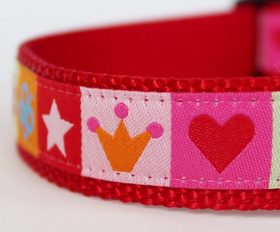 Crowns and Hearts Tiles Dog Collar