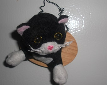 Cute Recycled Toy Taxidermy Black and White Kitty Head Refrigerator Magnet