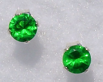 5mm 1.0 carat Created Emerald Stud Post Earrings 925 Sterling Silver, Coreen, SDI30125-0699
