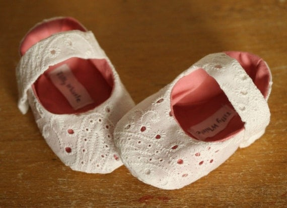 Christmas in July Sale - Sweet  Valentine - White and Pink Mary Jane Baby Girl Shoes