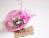 cowgirl hat fascinator light pink with french netting