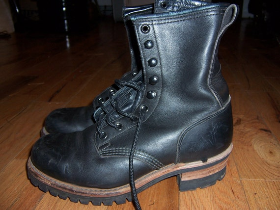 Womens Frye boots size 8