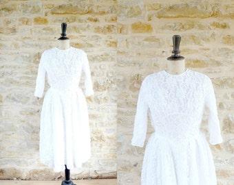 Vintage 1950s White Lace Wedding Dress