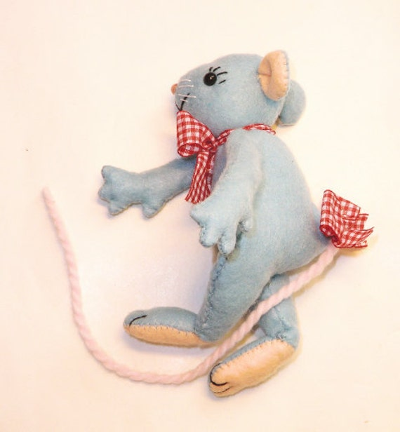 "Instant digital download Pattern PDF DIY""  WILLIAM the mouse  "" sewing"