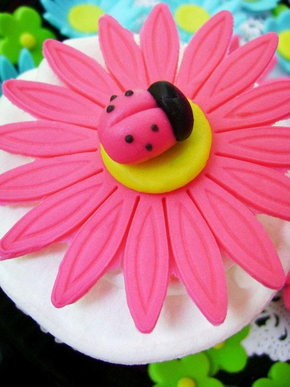 Pink Daisy Cake Decoration : Items similar to Bright Pink Daisy and Ladybug Cupcake ...