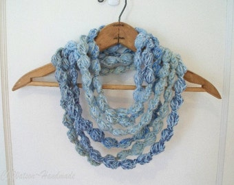 Crochet Scarf Necklace Women Loop d Loop Bobble Scarf Neckwarmer Necklace Shades of Blue