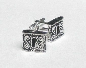 HUGE SALE, Keyhole Cuff Links