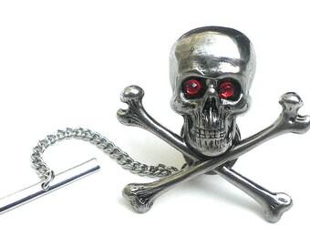 Skull and BonesTie Tack