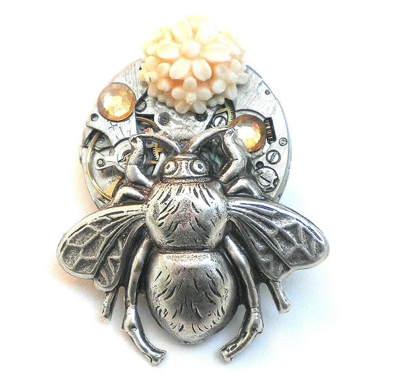 Honey Bee Steampunk Vintage Watch Movement Brooch/Pendent
