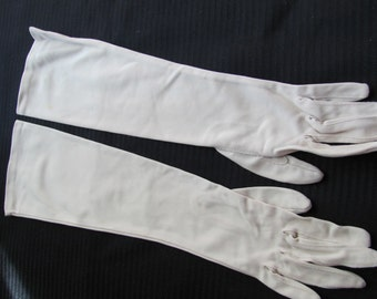 Gloves Ladies Vintage Crescendoe Stretch Gloves - 16 Inches Long (006A)
