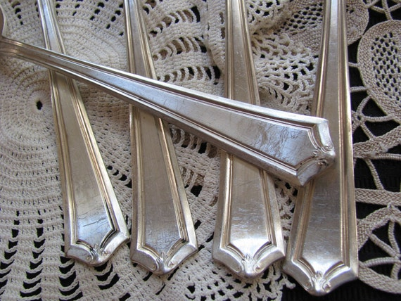 Set of 5 Vintage Antique Silver Plate Serving Spoons - Salem aka Lowell Pattern 1915