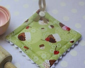 Cupcake Pot Holder for the Kitchen