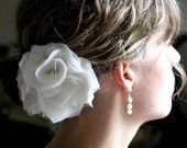 Bridal hair flower, fascinator, Wedding Flower