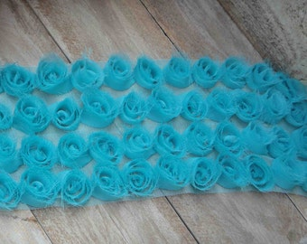 Very beautiful green  color flower trim  18 inch  listing