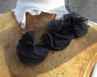 Cute   chiffon flower   applique  black  color 1 pieces listing