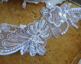 Very cute beaded  organza   applique   white  color 1 pieces listing