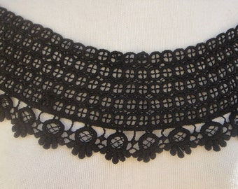 Cute  venice    applique  black      color