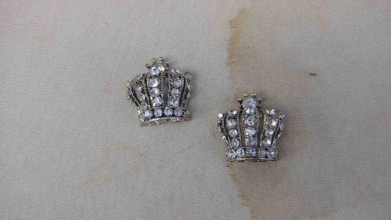 Cute silver crown buckle with  rhinestones 2  piece listing