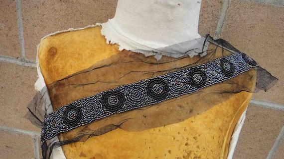 Cute  beaded   applique trim black   color 15 inch long