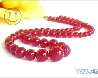 ON SALE - Red Jade Beaded Necklace 6-14mm Size Gradual Change
