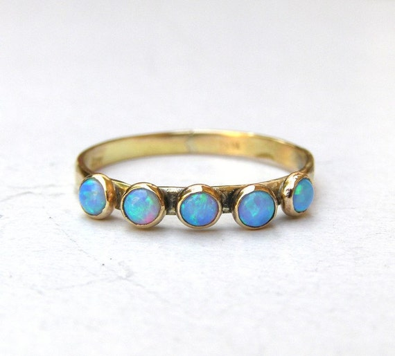 Opal ring - Recycled 14k Gold ring and Opal stones