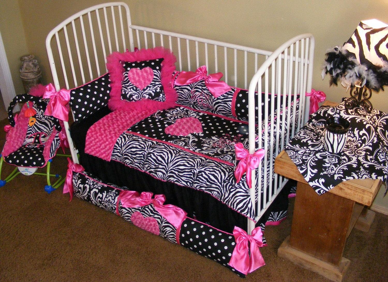 justine flores baby bedding nursery black and white damask. Black Bedroom Furniture Sets. Home Design Ideas