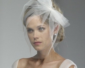 Wedding Veil - Tulle Birdcage with Bow and Broach - made to order