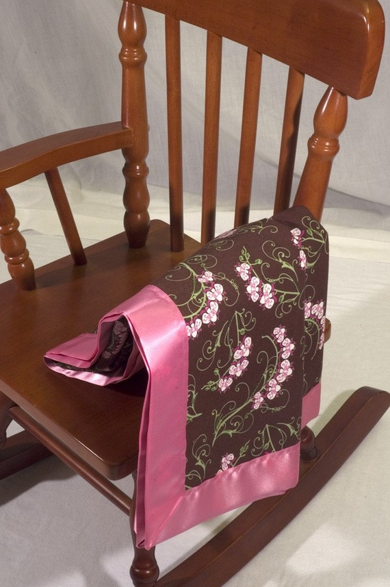 brown and pink bleeding heart flower garden light cotton blanket