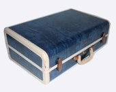 LARGE Vintage blue 1950s Samsonite suitcase.