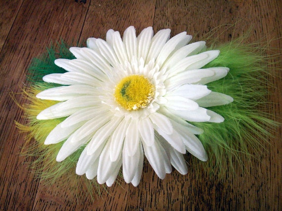 Hair Clip Flora and Feather Fascinator- white daisy with green and yellow feathers