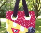 Grommet Purse- Birdy with Black/White Fabric Flower