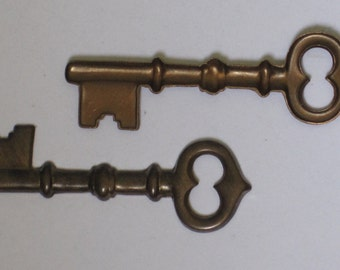 Vintaj Aged Brass Skeleton Key Stamping  (Qty 2)  110-21
