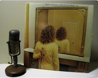 "Roger Daltrey (The Who) - ""One of the Boys"" (1977 MCA Records with original inner sleeve with lyrics) - Vintage Vinyl"