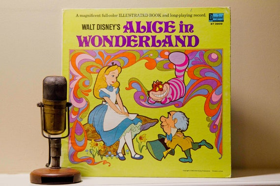 "Walt Disney's ""Alice in Wonderland"" (Original 1969 Disneyland Records with story booklet) - Vintage Vinyl"