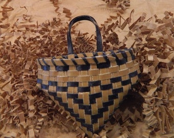 Cherokee Style Pouch Paper Cardstock Basket