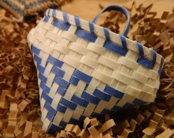 Cherokee Style Pouch Paper Cardstock Basket Blue and White