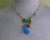 Striking 1950s glass fruit necklace with gold beads Free Worlwide shipping