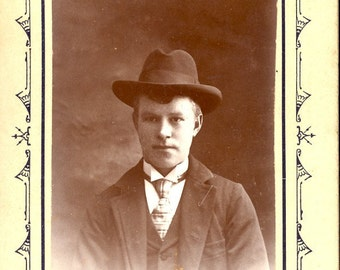 WESTERN DRESSED MAN In Photo Circa Early 1900s
