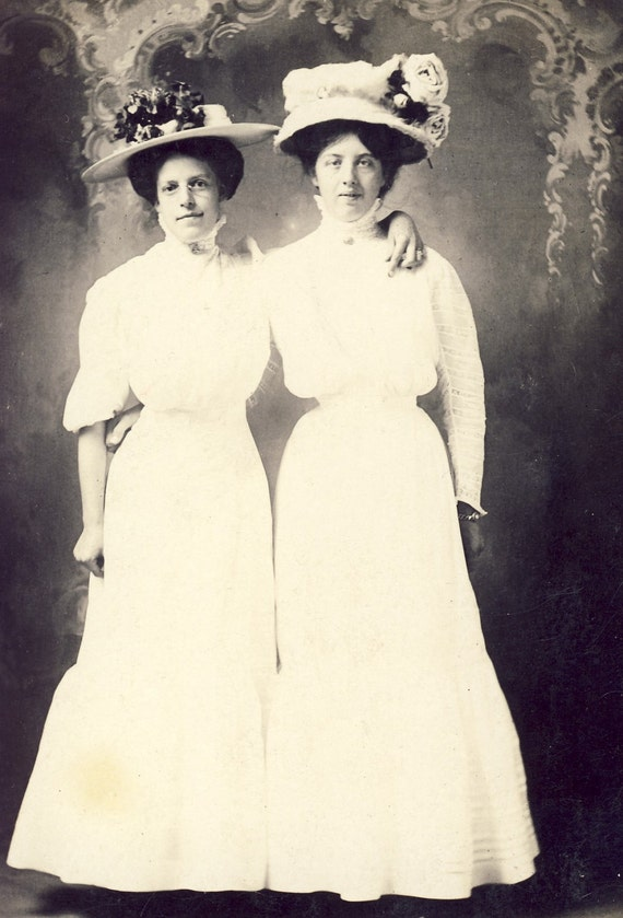 Grace and Elna in WHITE COTTON Dresses and Flowery Hats Photo Postcard 1909