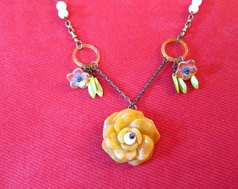 Yellow Jade Rose Vintage Ivory Necklace with Matching Earrings