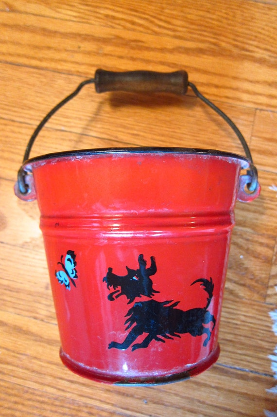HOLD FOR DONNA - Vintage Scottie Tin Sand Pail Bucket with Wooden Handle Bale