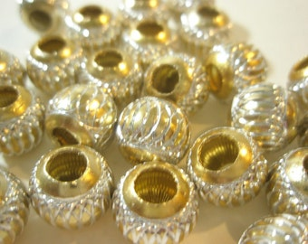 CLOSEOUT SALE - 13 mm - GOLD Swirled Acrylic Beads -50 pieces
