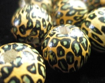 Animal Print WOOD Beads - LEOPARD (20 mm) - Basketball Wives Inspired