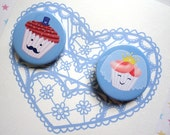 WEDDING or Engagement Card Bride and Groom CUPCAKES Blue with 2 pinback button badges